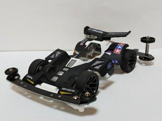 NEO TRIDAGGER black or white